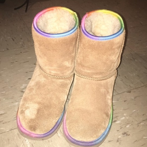 f810d56bb04 Colorful Rainbow UGGs